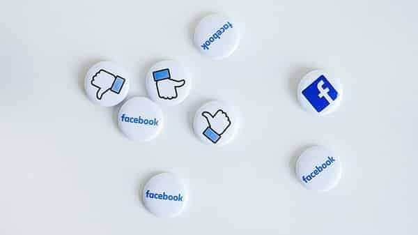 7 errori da non fare su Facebook - pensare soltanto ai mi piace