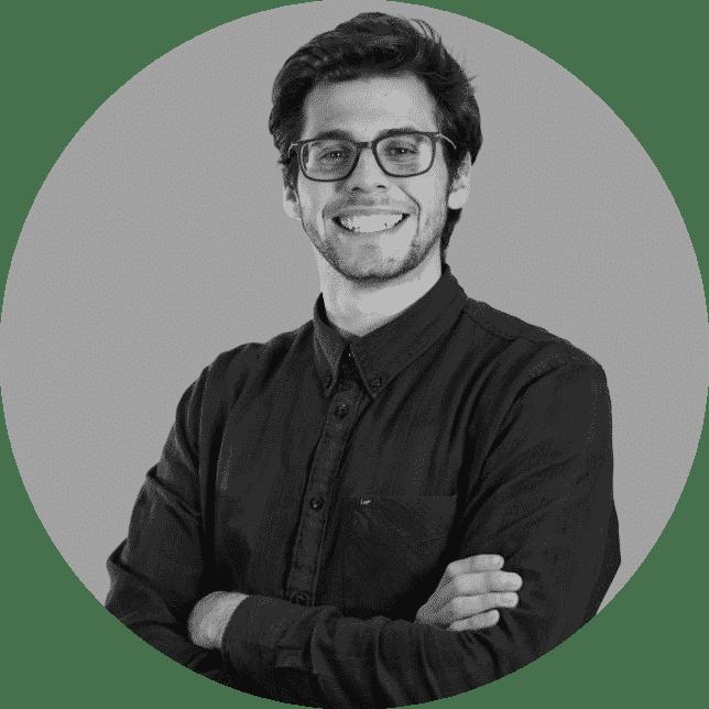 Max Corona è un copywriter di Digital flow